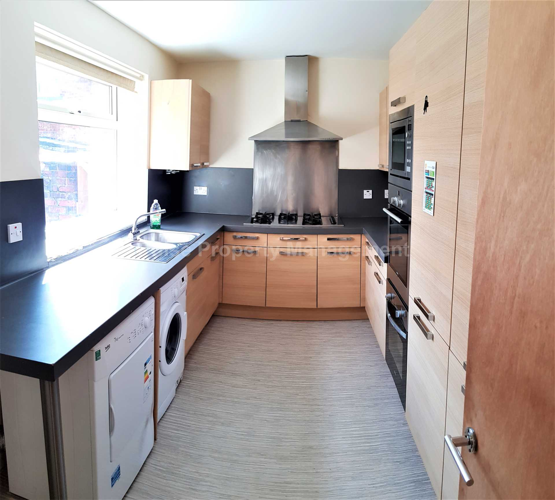 6 bed House (unspecified) for rent in Manchester. From Pulse Property Management Ltd