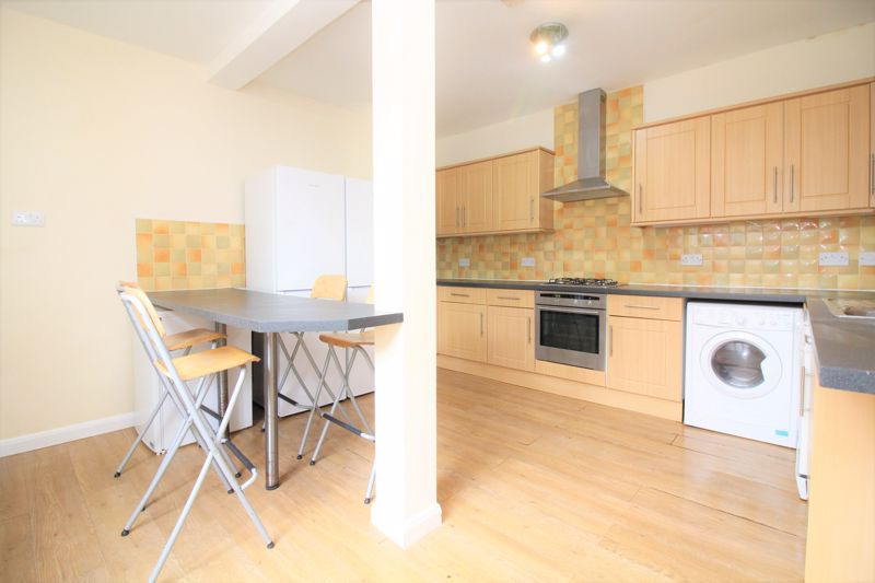 6 bed Terraced for rent in Newcastle upon Tyne. From Cloud-let