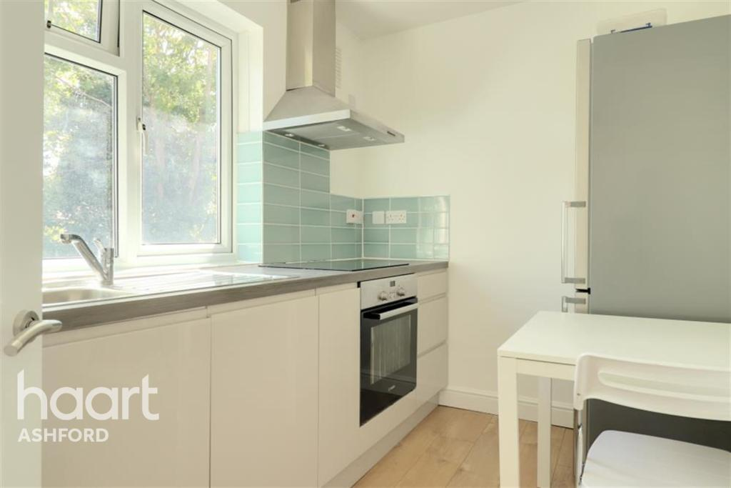 1 bed Flat for rent in Hounslow. From haart Ashford