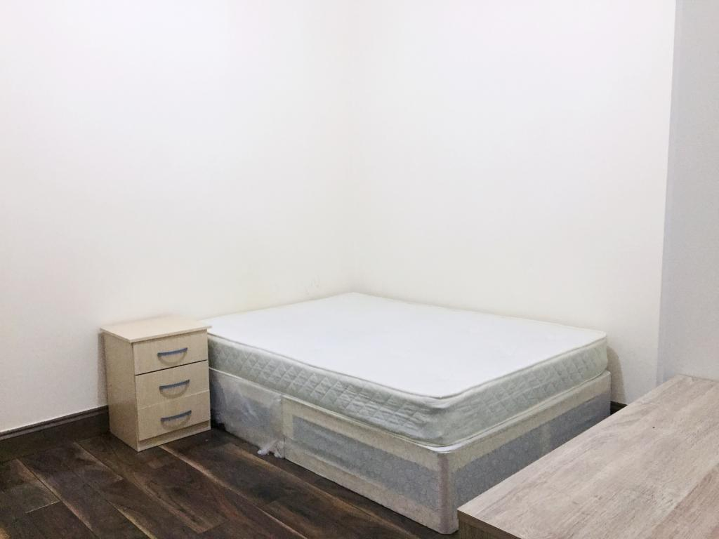 1 bed House Share for rent in London. From Estateology - Bethnal Green