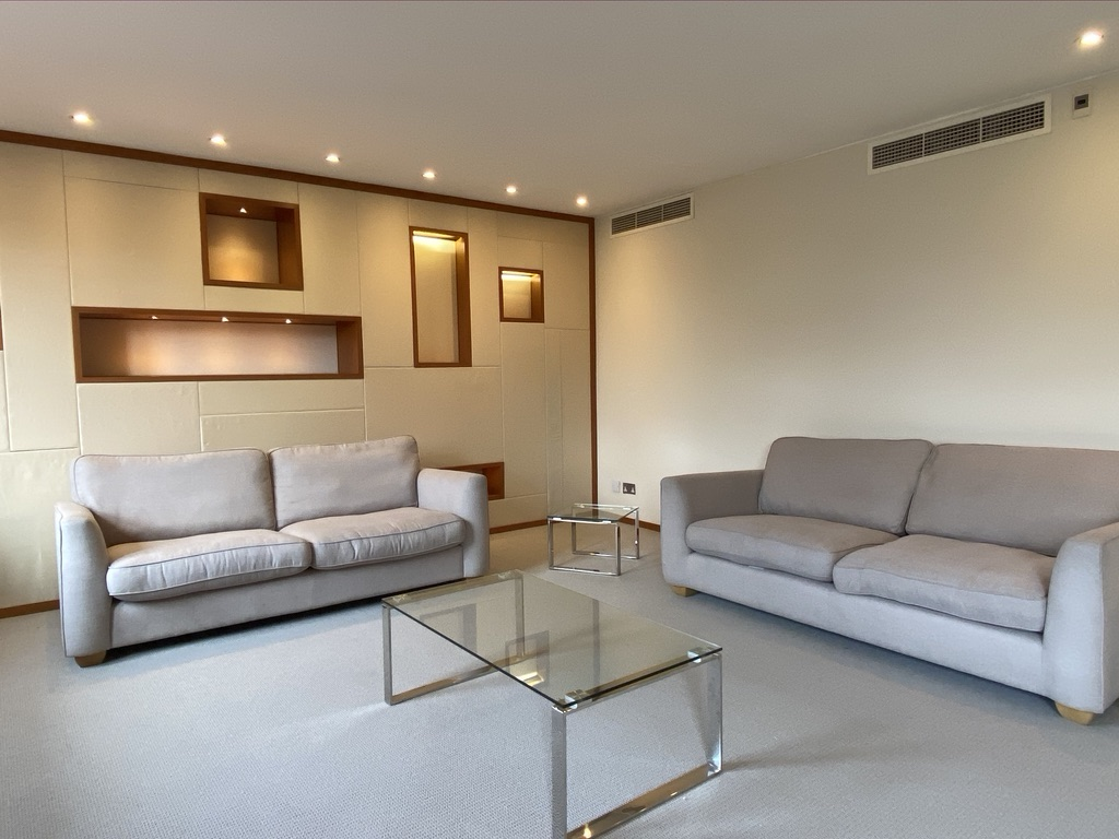 4 bed Flat for rent in London. From Maplewood Property