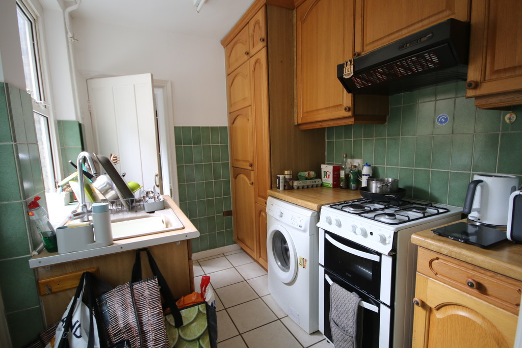 2 bed Mid Terraced House for rent in Kent. From Martin & Co - Canterbury